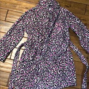 NWT. Plush pink/cheetah print bath robe. Brand new